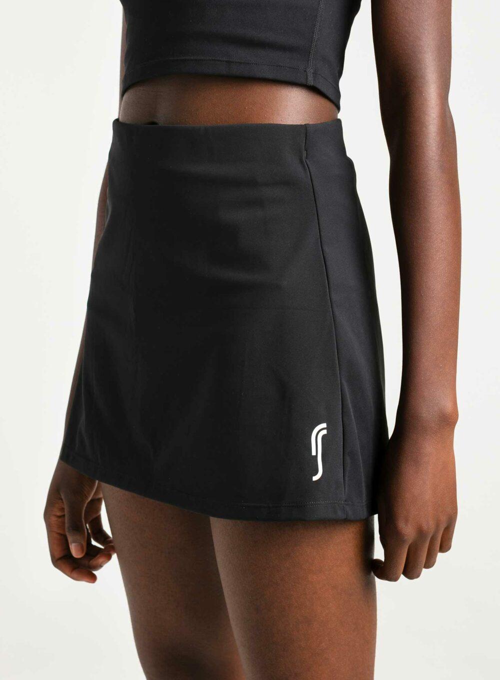 rs_racquet_skirt_black_1